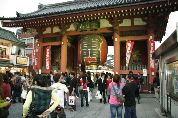 外国人観光客の増加に伴って様々な職業で英語力が必要になってきている