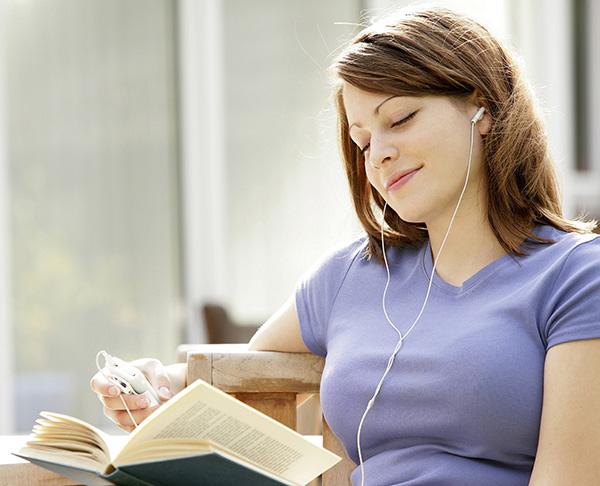 スラッシュリーディングとはどんな勉強法?「スラッシュリーディング」のやり方と効果、お勧めの教材を紹介